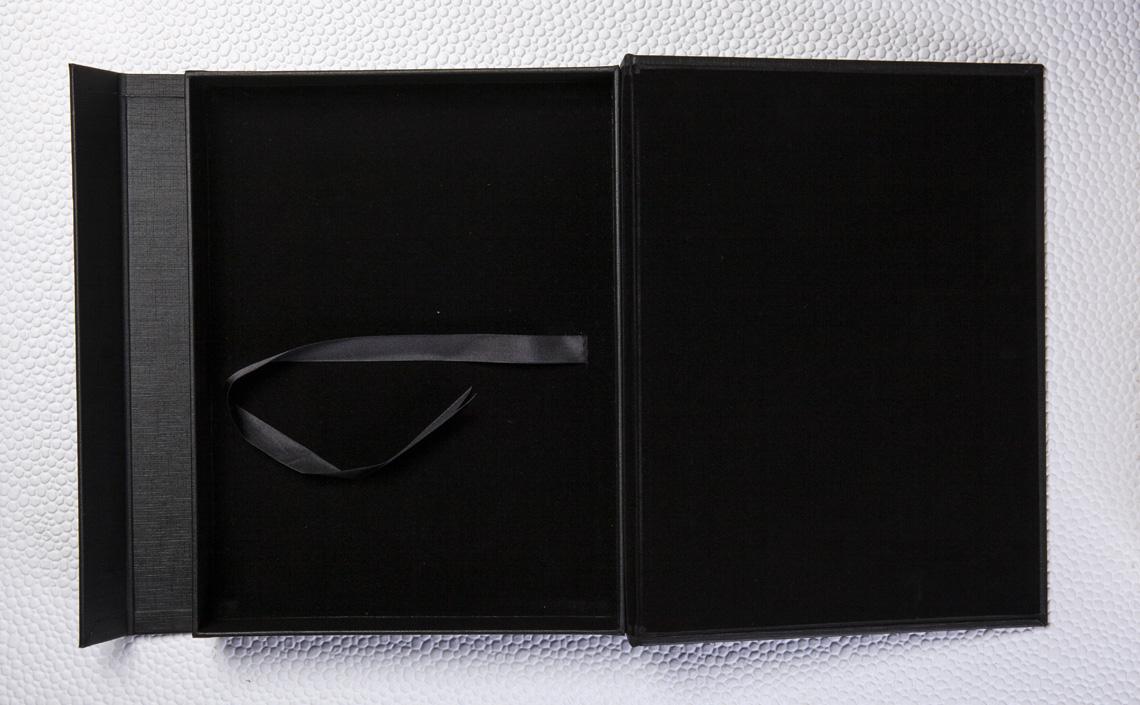 Caixa Magnética em Couro Wedding Preto Fosco