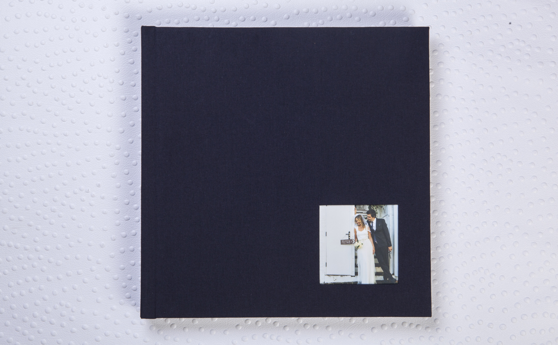 Capa Tecido Zafir Azul + janela 10x10 cm