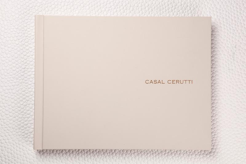 Capa Couro Family Areia + gravação a laser