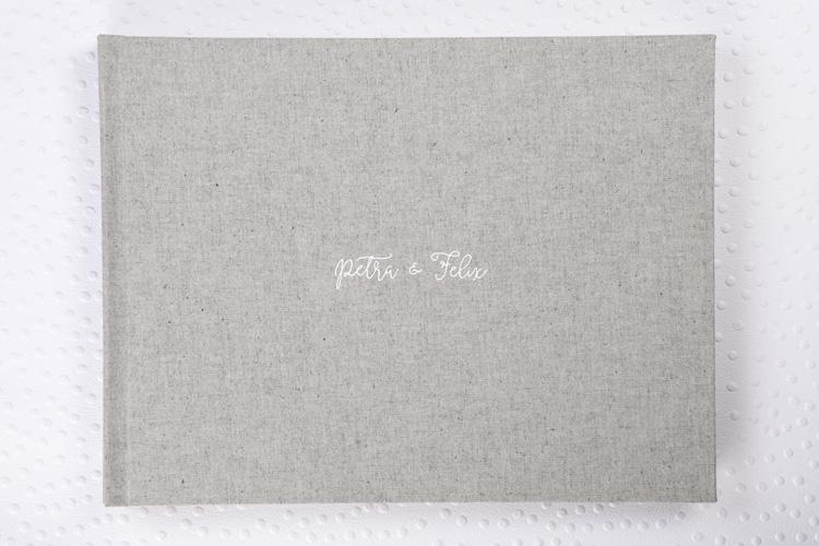 Capa Tecido Algodão Eco Cinza + Hot Print Branco + Papel Fosco Pro